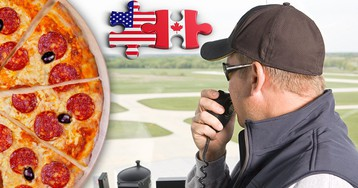 Canada air traffic controllers buy US counterparts pizza as shutdown continues