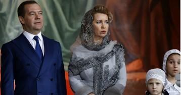 Большинство россиян хотят отставки Медведева. Почему это не поможет