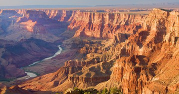 We're in a partial government shutdown, so what's it like to visit Grand Canyon right now? Let me tell you…