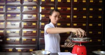 El 'boom' de la medicina tradicional china pone a los médicos en guardia