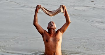"""Why millions of Indians """"purify"""" themselves by bathing in a filthy river"""