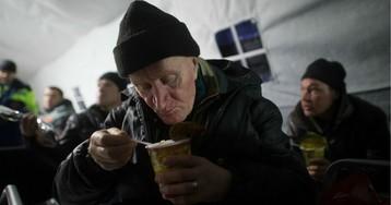 Нищета и величие. Социологи выяснили, чем гордятся и чего стыдятся россияне