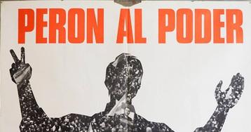El mayor archivo de carteles políticos de Argentina, vendido a una fundación extranjera