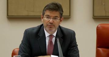 Catalá no ve conflicto de intereses en fichar por el bufete que defiende a Renfe y Adif en el 'caso Alvia'