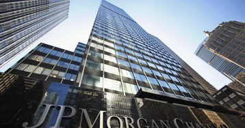 JPMorgan pities small banks, but the IMF says it's the big ones that need to worry