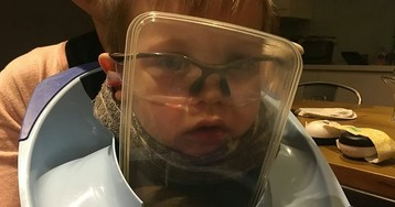 Little boy gets head stuck in toilet seat, needs help from fire department to get out