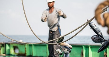 'Alone in the darkness': life for Liberia's fishermen – in pictures