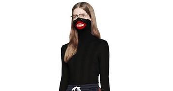Gucci обвинили в расизме из-за свитера с красными губами