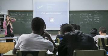 La inmersión lingüística en Cataluña perjudica solo a los chicos, según un estudio