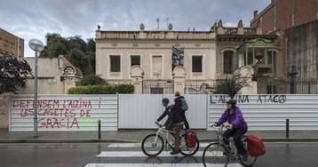 Colau anuncia la expropiación de las dos casas de Gràcia