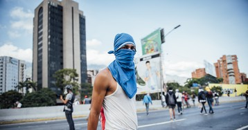 Photos of Young Venezuelans Protesting in Caracas