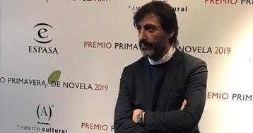 Juan del Val gana el Premio Primavera de novela con 'Candela', el retrato de una mujer en la cuarentena