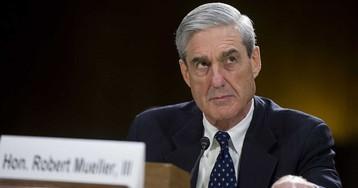 США: спецпрокурор Мюллер обвинил экс-советника Трампа в контактах с российскими хакерами