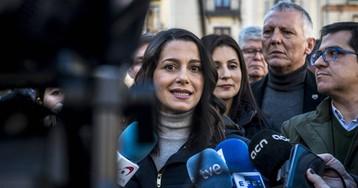 """Arrimadas irá a Waterloo este domingo para """"recordarle a Puigdemont que la república no existe"""""""