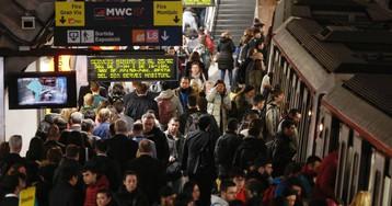 Aglomeraciones en el metro por la huelga en hora punta