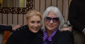 Мария Шукшина выложила снимок своей больной матери