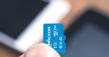 This Is the World's First 1TB microSD Card