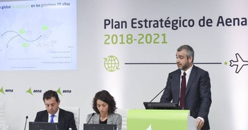 Aena gana 1.328 millones de euros en 2018, un 7,8 % que el año anterior