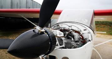 La avioneta híbrida despega