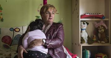 Más de 200 niños rumanos a cargo del Estado viven en España sin documentación