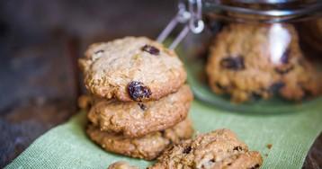 Рецепт приготовления овсяного печенья с изюмом