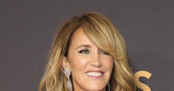 Felicity Huffman Quits Social Media Amid Nonstop ROASTING Over College Cheating Scandal!