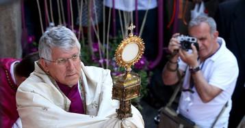 El arzobispo de Toledo aparta a un cura imputado por abusos después de que la víctima escribiera al Papa