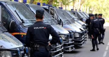 Un policía nacional detenido en Valencia por huir sin pagar de una gasolinera con un coche robado