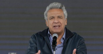 Exasperated Ecuador ends asylum for world's worst houseguest