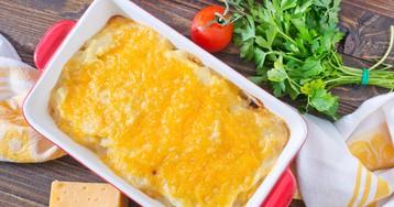 Запеканка с рыбой, помидорами и сыром