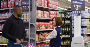 Еще больше роботов: Walmart внедряет тысячи машин для работы в своих магазинах