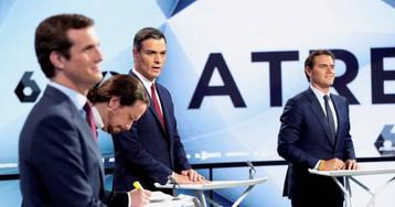Casado y Rivera se enzarzan a cuenta de la subida de impuestos de Rajoy