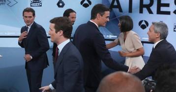 La dura pugna entre Rivera y Casado permite a Sánchez salvar también el último debate