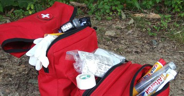 10 Essential First-Aid Skills that Every Outdoorsperson Should Master