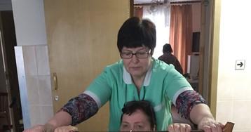 В России запустили государственную программу ухода за инвалидами и пожилыми