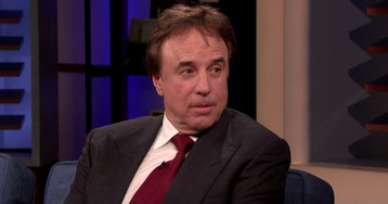 Kevin Nealon Has Noticed A Trend At Open Houses