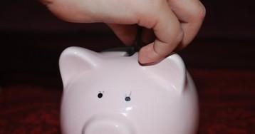 Как научить детей правильно тратить деньги