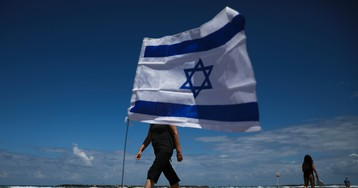 Israel marks 71st birthday with barbecues, air force shows