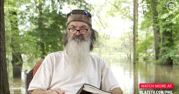 Phil Robertson: Bernie Sanders was embracing Marxism 30 years ago when he was a hippie