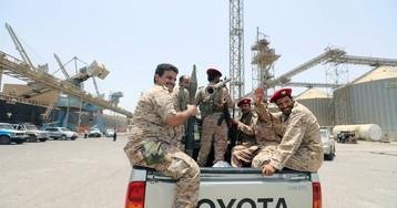 La ONU confirma que los rebeldes de Yemen se están retirando del puerto clave de Hodeida