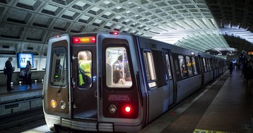 Author Might Lose Book Deal After Snitching on DC Metro Employee for Eating