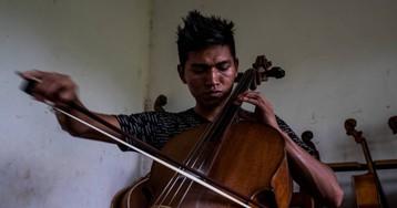 Violines y pianos en la región boliviana de la Chiquitanía