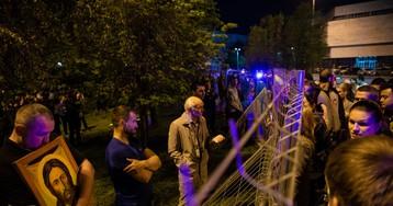 Храм вместо сквера: как мирная акция в Екатеринбурге переросла в открытый конфликт