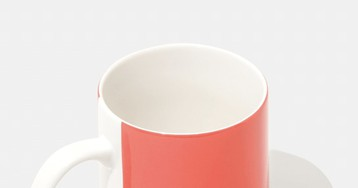 Celebrate Pantone's Color of the Year with This 'Living Coral' Mug