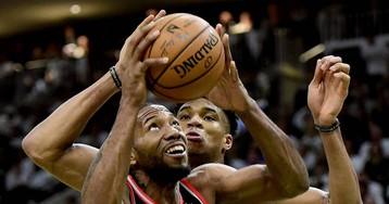 Brook Lopez y Anteto desbaratan el asalto de los Raptors en Milwaukee