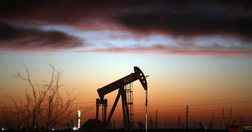 Soaring oil prices cast shadow on US ahead of Opec meeting