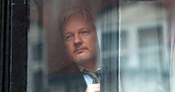 The Latest Julian Assange Indictment Is an Assault on Press Freedom