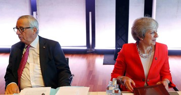 Los pasos en falso de Theresa May en Bruselas