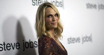 Molly Sims celebrates her 46th birthday in skimpy $2G bikini