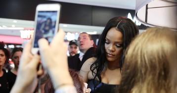 Rihanna quer revolucionar a moda para mulheres empoderadas